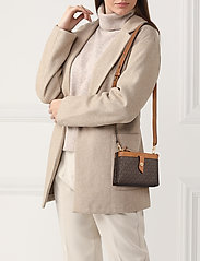 Michael Kors Bags - MD TAB DZP PHN XBODY - shoulder bags - brn/acorn - 1