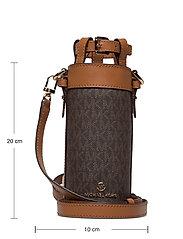 Michael Kors - LG BOTTLE HOLDER - vannflasker og termoser - brn/acorn - 5