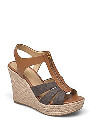 BERKLEY WEDGE - BRN/ACORN