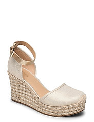 KENDRICK WEDGE - PALE GOLD