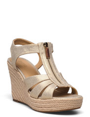 BERKLEY WEDGE - PALE GOLD