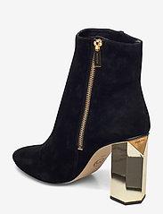 Michael Kors Shoes - PETRA BOOTIE - enkellaarsjes met hak - black - 2