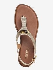 Michael Kors - MK PLATE THONG - platte sandalen - pale gold - 3