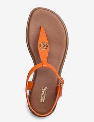 Michael Kors - MALLORY THONG - platte sandalen - clementine - 3