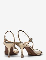 Michael Kors - TASHA SANDAL - sandalen met hak - pale gold - 4