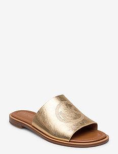 LEANDRA SLIDE - flat sandals - pale gold