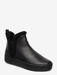 ASHLYN SLIP ON - BLACK