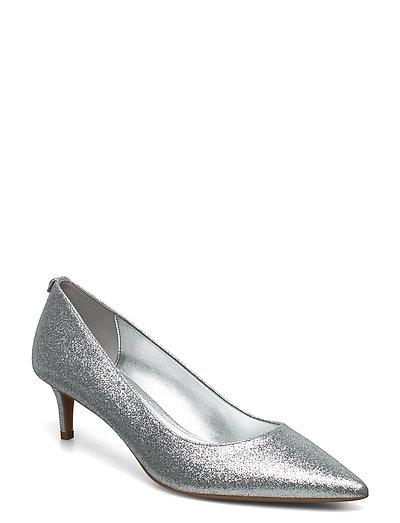 Sara Flex Kitten Pump (Silver) (1200 kr) Michael Kors Shoes  