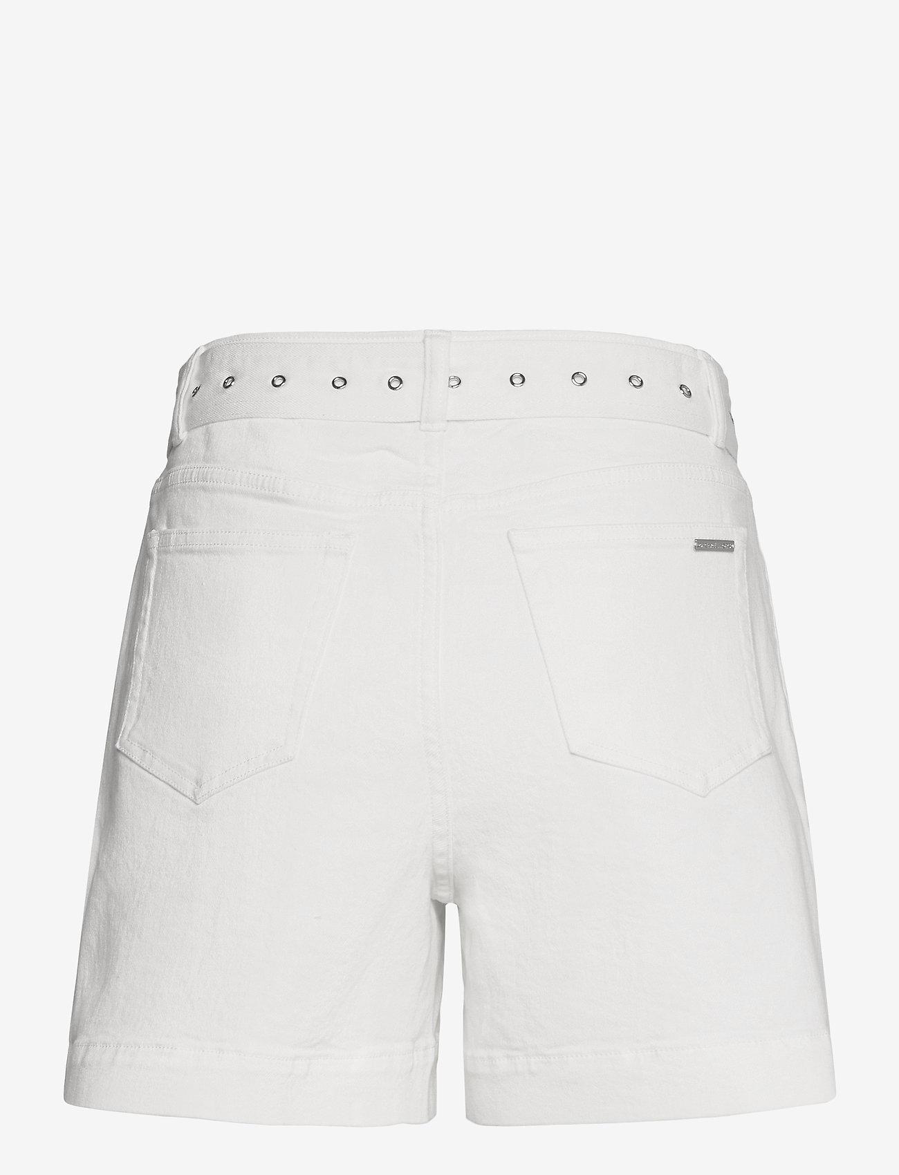 Michael Kors - PLEATED BELTED DNM SHORT - korte jeansbroeken - white - 1