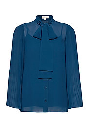 PLEATED TOP - RIVER BLUE