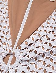 Michael Kors - GEO EYELET MINI DRESS - zomerjurken - white - 2