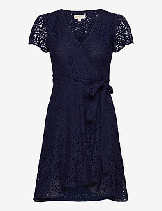 LACE WRAP DRESS - slå-om-kjoler - true navy