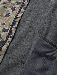 Mikk-Line - Softshell Boys Jacket w. Print - softshell jassen - blue nights - 6