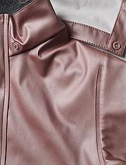 Mikk-Line - PU Metalic Rain Set Rec. w. Susp/110 - sets & suits - adobe rose - 7