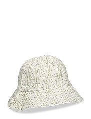 Birgitta Hat, K