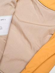 Mini A Ture - Wisto Suit, M - vêtements d'extérieur - waxed honey - 3