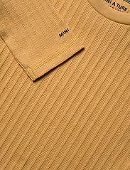 Mini A Ture - Carl-Emil T-shirt GOTS, K - long-sleeved - honey yellow - 2