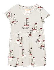 Sailing boats aop wingdress - WHITE