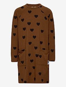 Hearts ls dress TENCEL™ - sukienki - brown