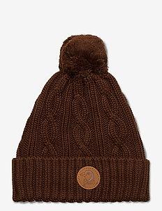 Cable knitted pompom hat - mützen & handschuhe - brown
