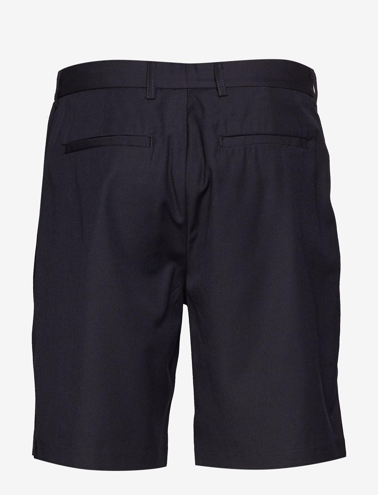 Noam (Navy Blazer) - Minimum VOeRNg