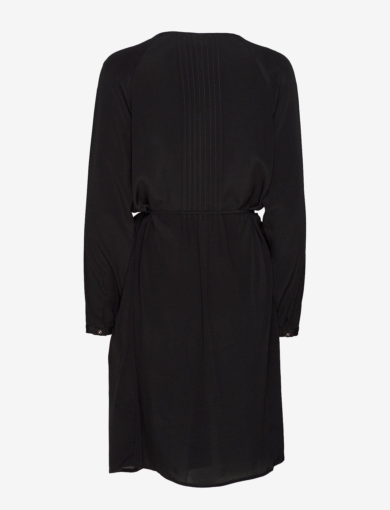Minus Noori dress - Sukienki SORT - Kobiety Odzież.