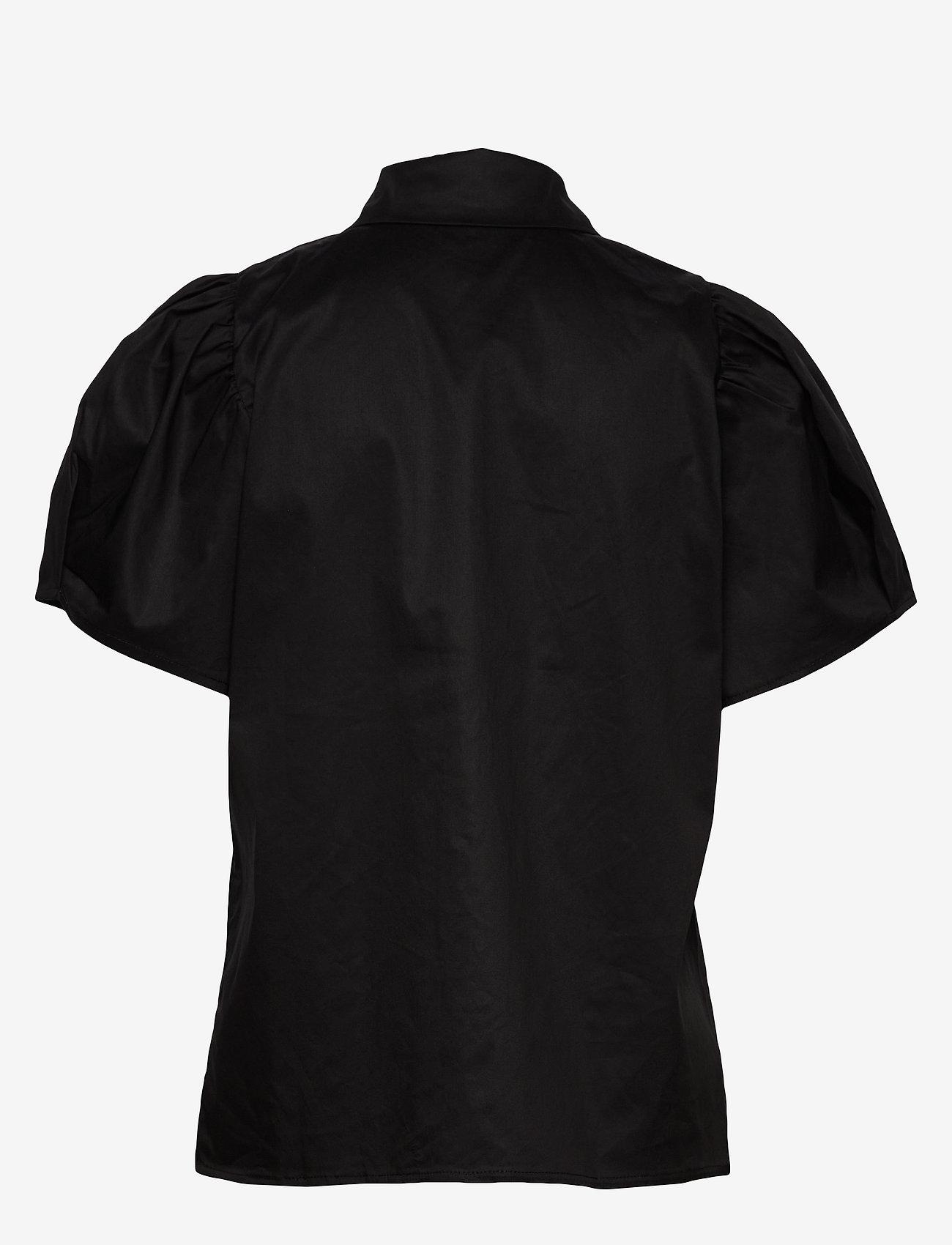 Minus - Elaisa shirt - koszule z krótkim rękawem - sort - 1