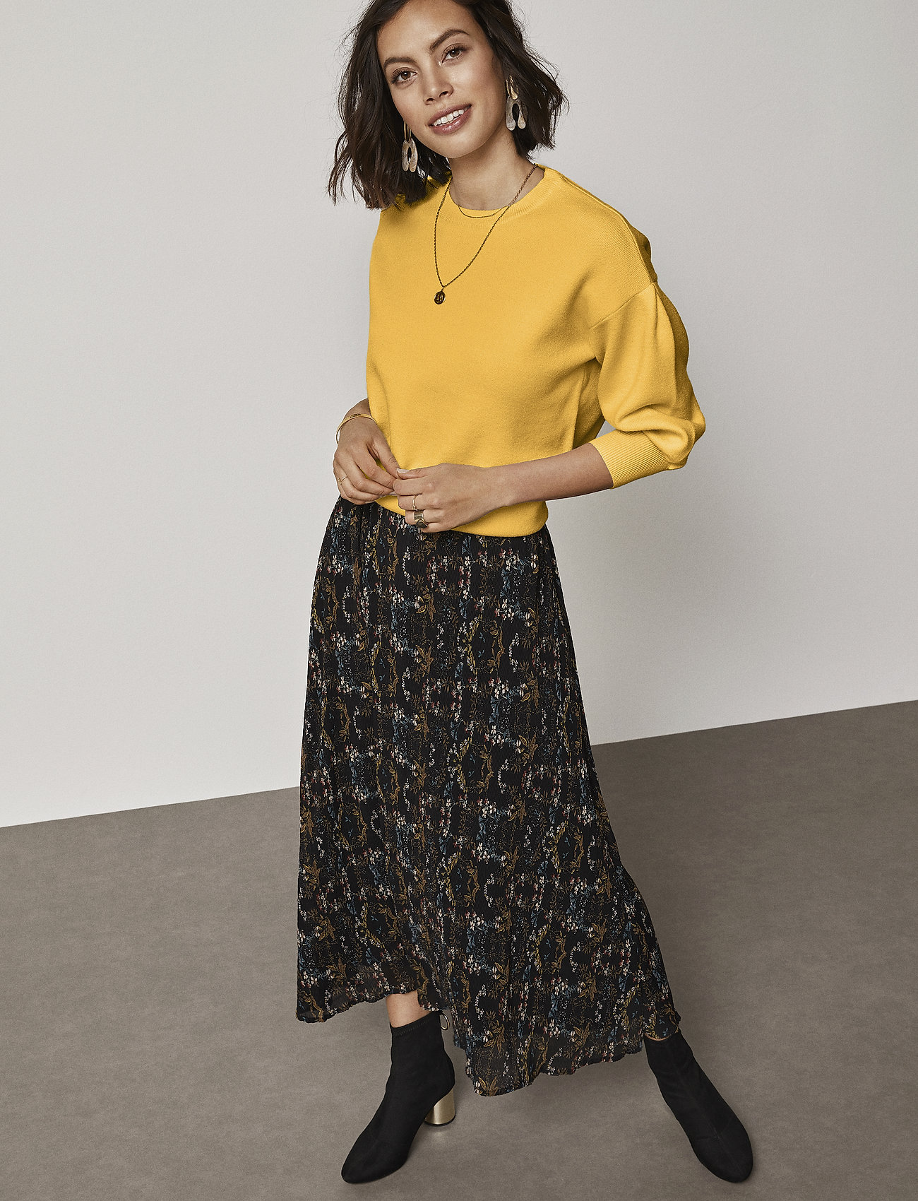 Minus - Cynthia skirt - maxi skirts - pleated flower print - 0