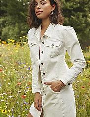 Minus - Gigi jacket - jeansjakker - cloud dancer - 0