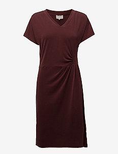 Dyveke dress - short dresses - sassafras bordeaux
