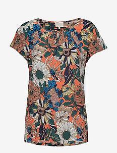 Freya blouse - t-shirts - pumpkin print