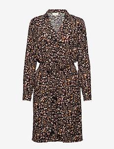 Fariha shirt dress - slå-om-kjoler - paisley garden print