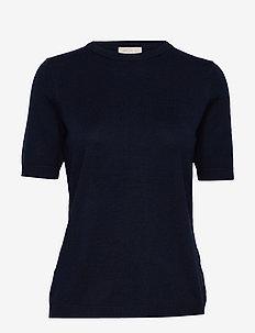 Pamela knit tee - strikkede toppe og t-shirts - black iris solid