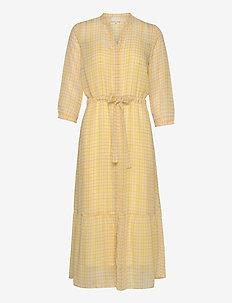 Sonesta dress - midiklänningar - super lemon check