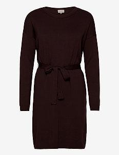 Elne knit dress - sukienki do kolan i midi - deep mahogany