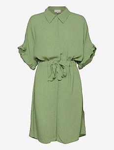 MINUS x BOOZT Ariana shirt dress - midi kjoler - pistachio