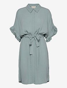 MINUS x BOOZT Ariana shirt dress - midi kjoler - powder blue