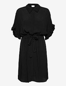 MINUS x BOOZT Ariana shirt dress - midi kjoler - sort