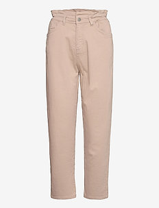 Dina pants - tapered jeans - nomad sand