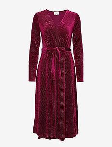 Lizzie dress Boozt - BORDEAUX