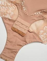 Missya - Shape body - bodies & slips - nude - 4