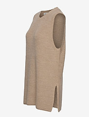 Modström - Trey vest - knitted vests - powder sand - 2