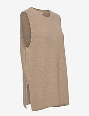 Modström - Trey vest - knitted vests - powder sand - 3