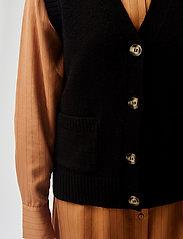 Modström - Hedvig vest - knitted vests - black - 2