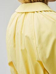 Modström - Helen jacket - trenchcoats - lemon haze - 3