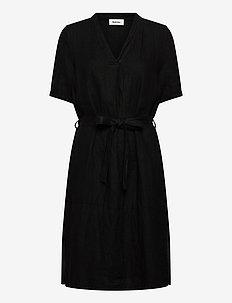 Cosmo dress - slå-om-kjoler - black