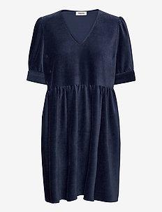 Freya dress - korta klänningar - vintage blue