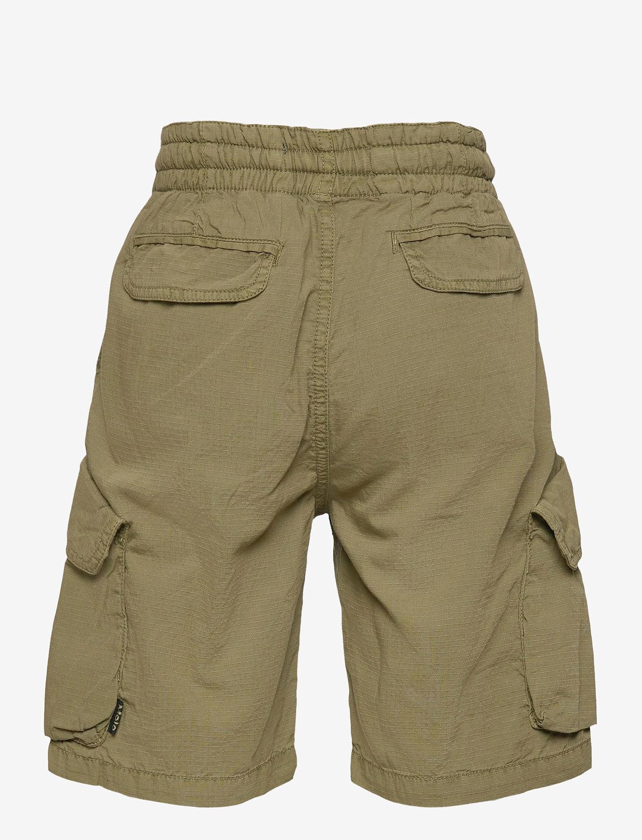 Molo - Argod - shorts - vegetation - 1