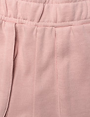 Molo - Ara - shorts - petal blush - 2