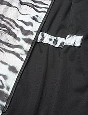 Molo - Hillary - softshell-jakker - tiger white - 4